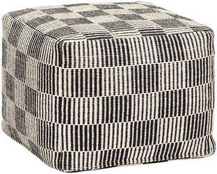 poef---met-patroon---katoen---zwart-wit---hubsch[0].jpg